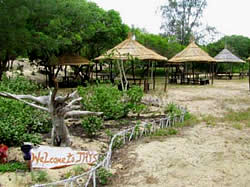 Jays Beach Lodge is a rustic and quiet holiday resort,